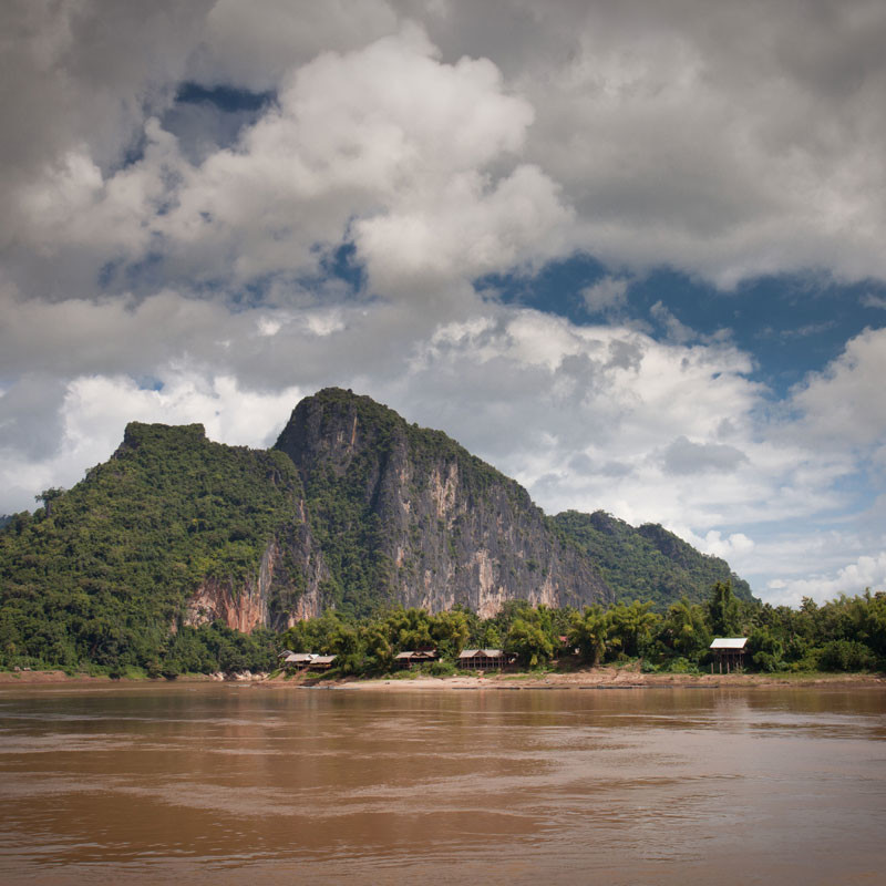 Overland tour from Laos to Thailand Image 7
