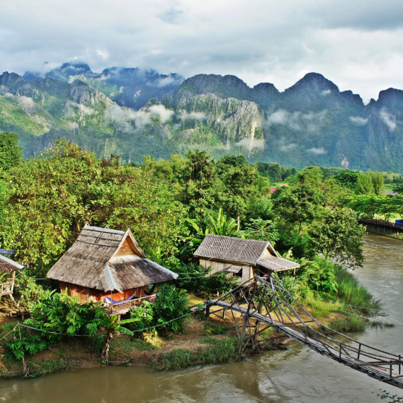 Overland tour from Laos to Thailand Image 3